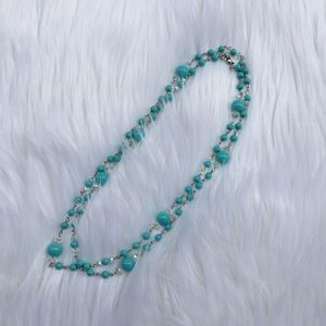 Jewelry - Blue beaded long necklace
